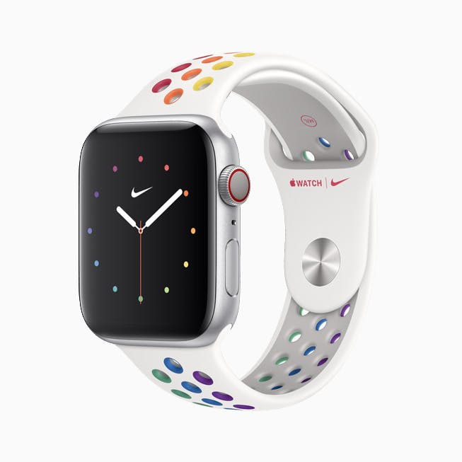 Apple_watch_s5-l-almsvr_nike-pride-ss20-